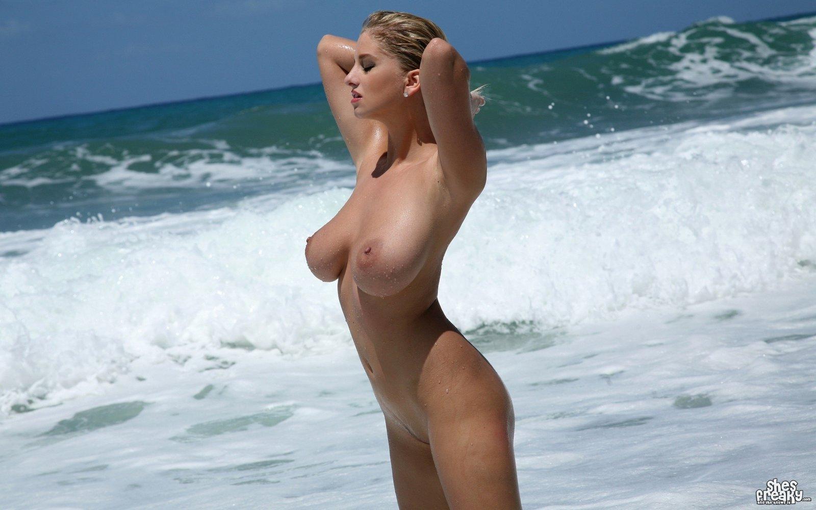 Beach Nude Pic