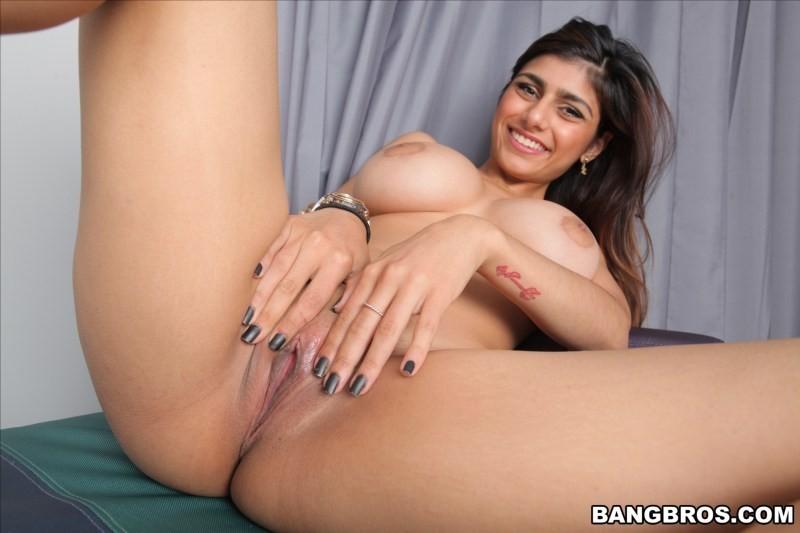 Mia Khalifa Naked