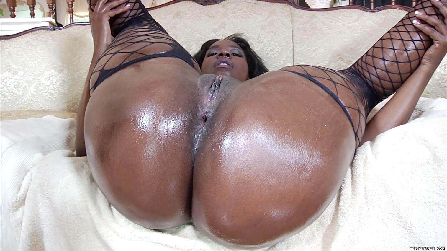 Short Big Booty Latina Fucking