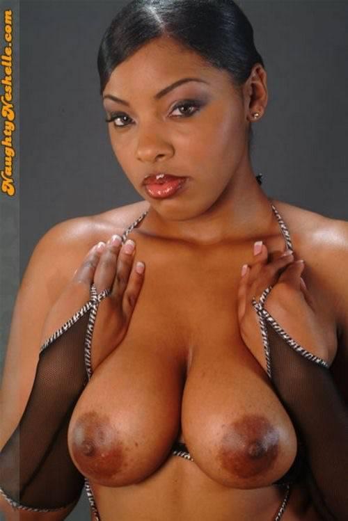 Celebrity Naughty Neshelle Nude Photos
