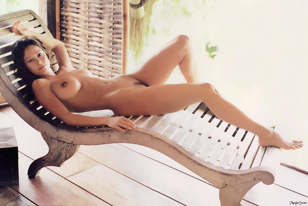 Superstar Free Nude Brooke Burke Playboy Pic