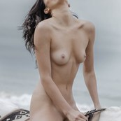 KENDALL JENNER NUDE 2