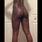 Slim darkskin with nice booty