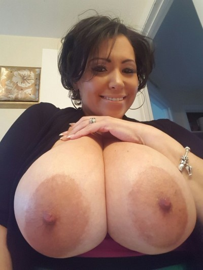 Huge Titty Tumblr Milf Crazyjenn52000 - Shesfreaky-8715