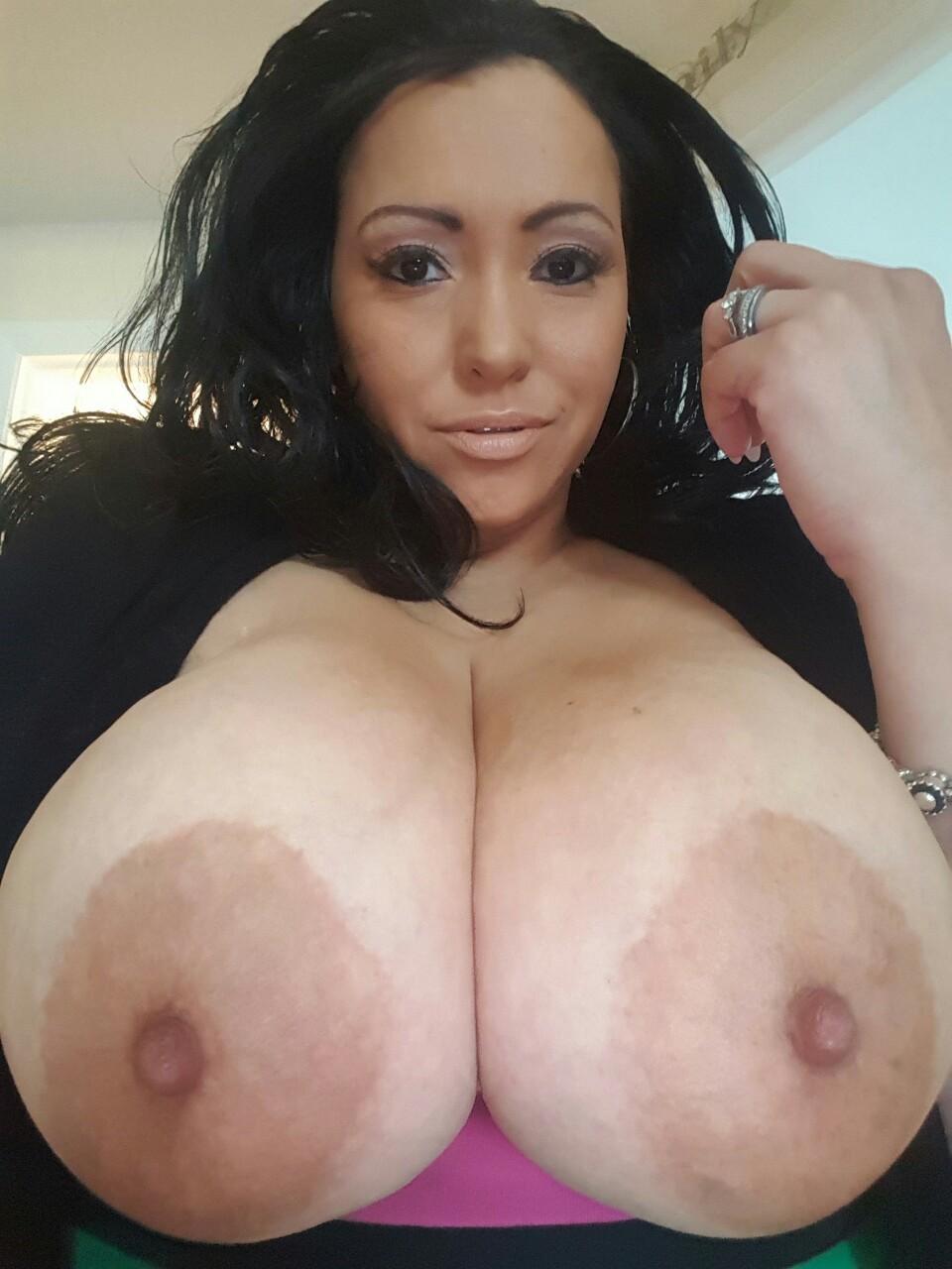 Huge Titty Tumblr Milf Crazyjenn52000 - Shesfreaky-9657