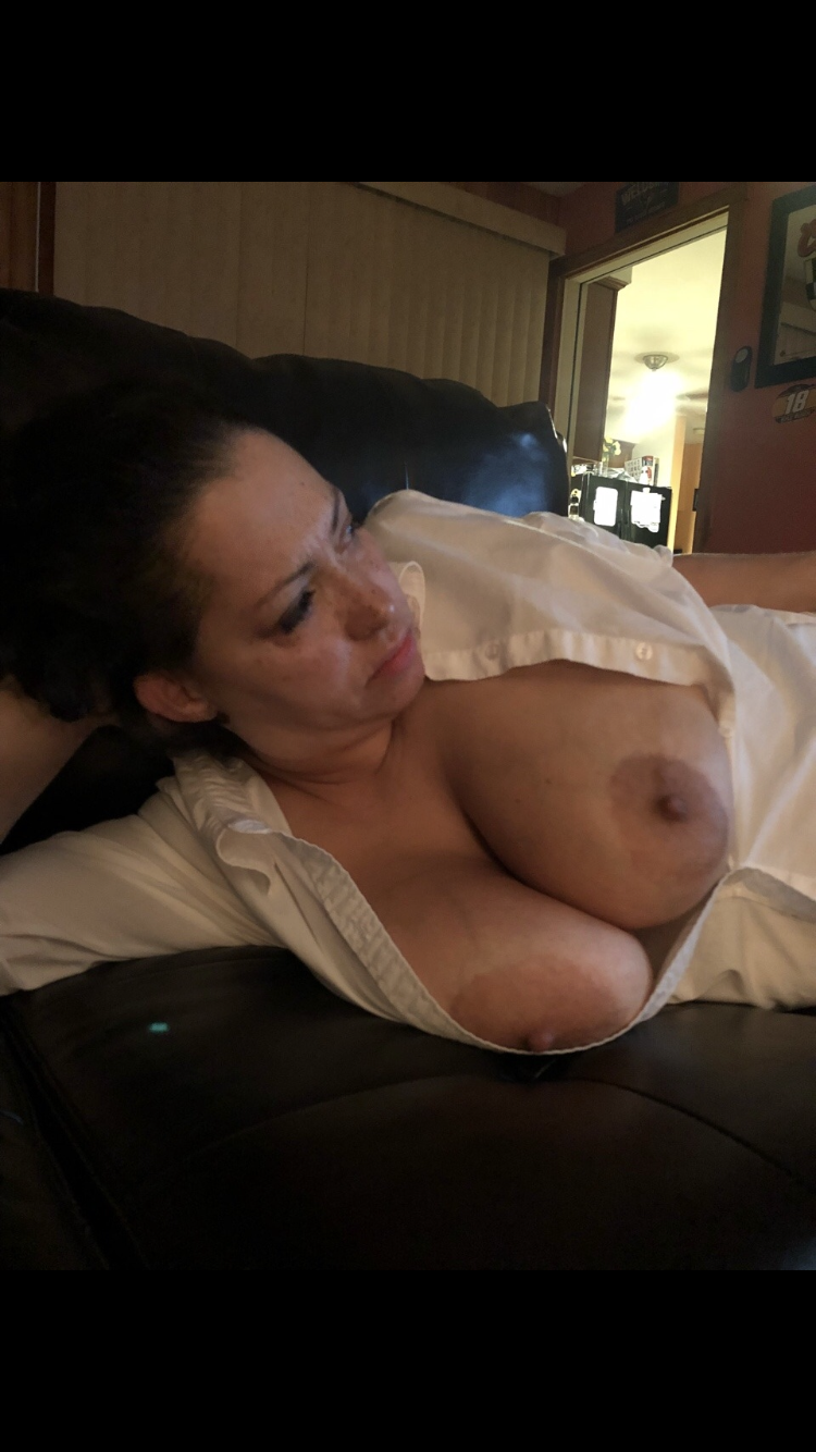 Thick Girl With Huge Tits
