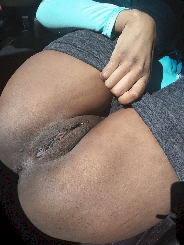 phat pussy girls with Black