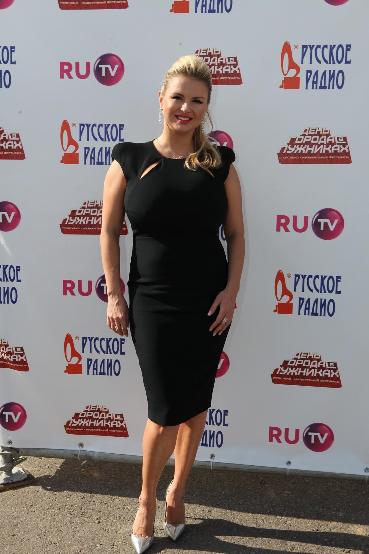 Anna Semenovich - ShesFreaky