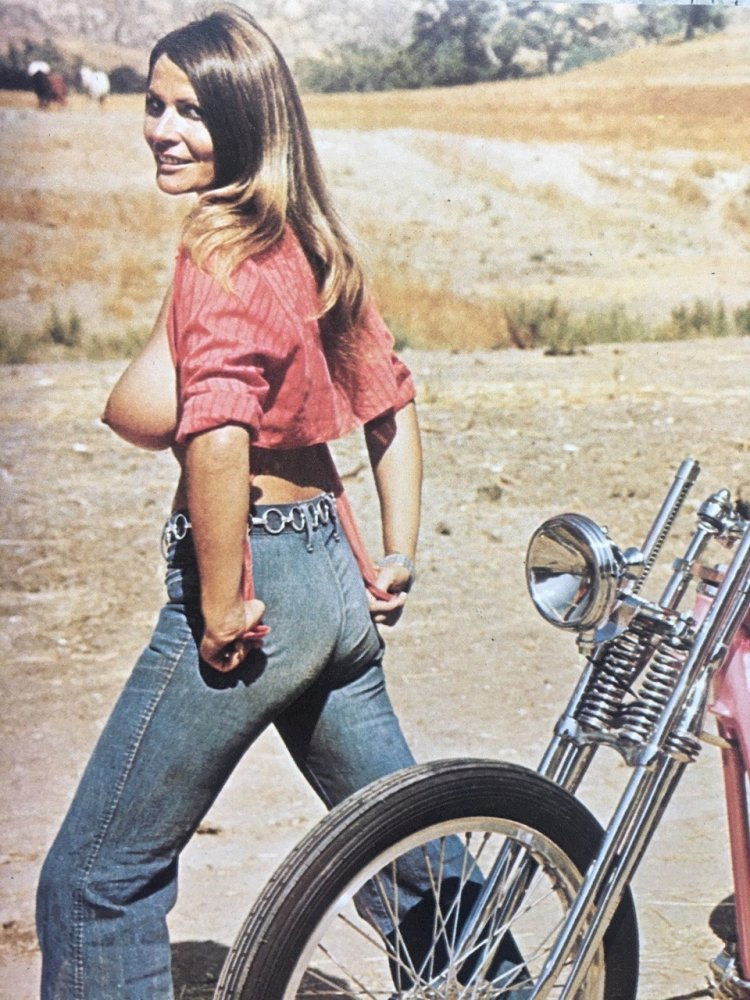 Sexy Biker Girls