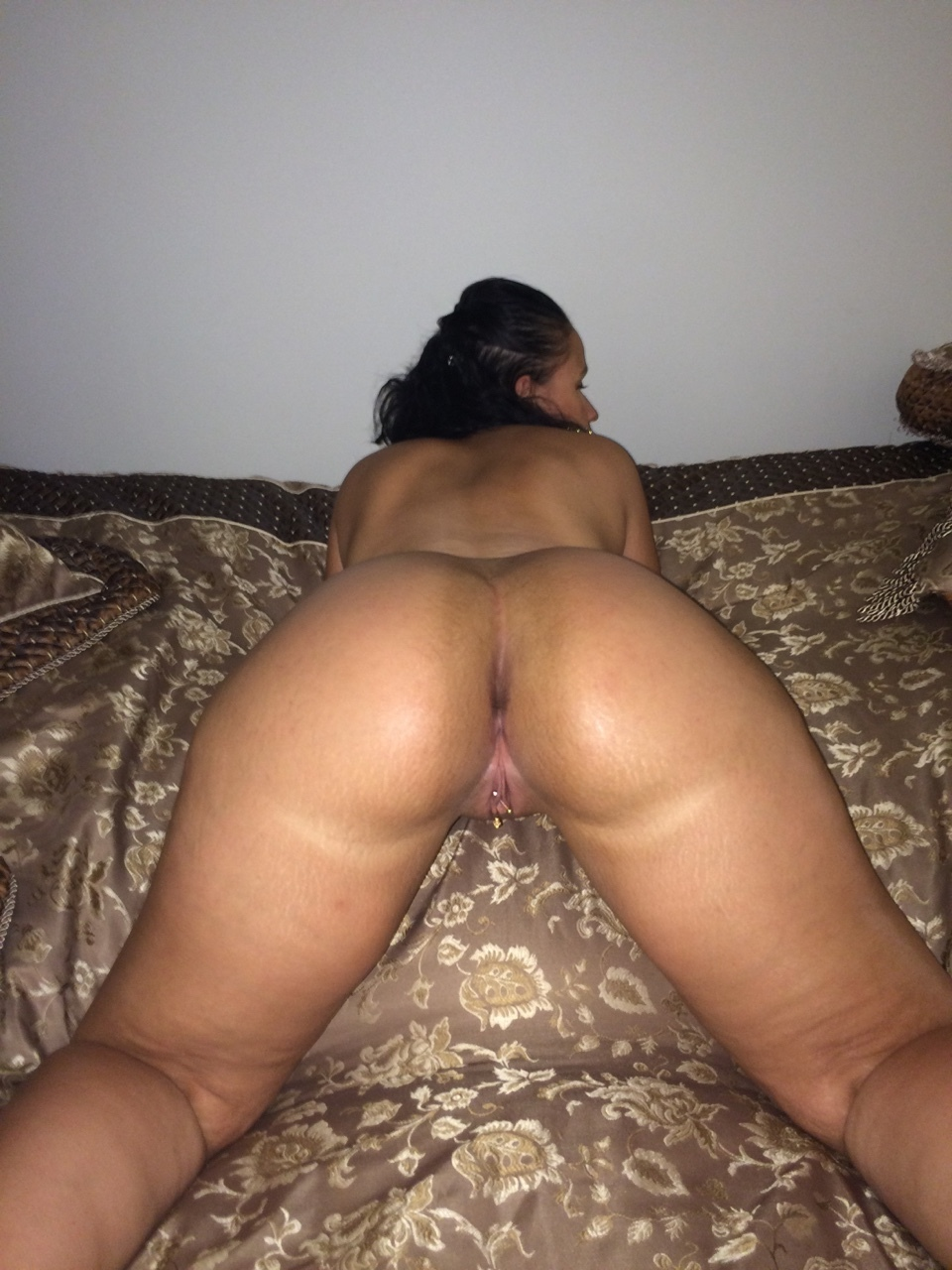 Thick Lesbians Eating Pussy