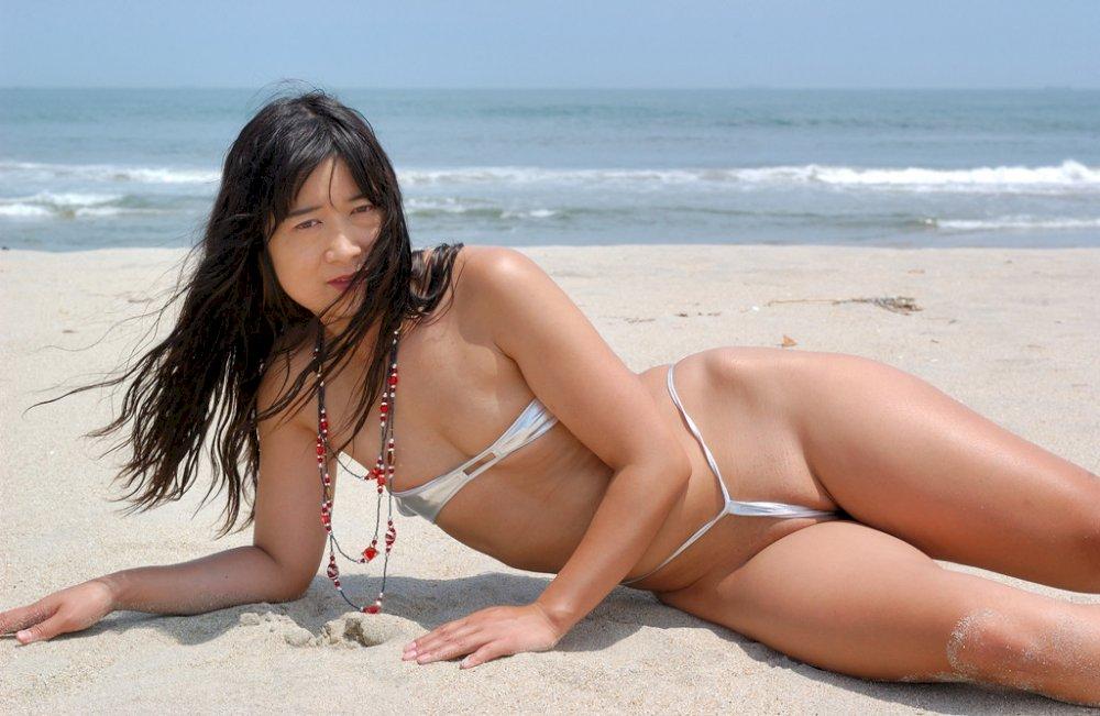 bikini photo asian Free