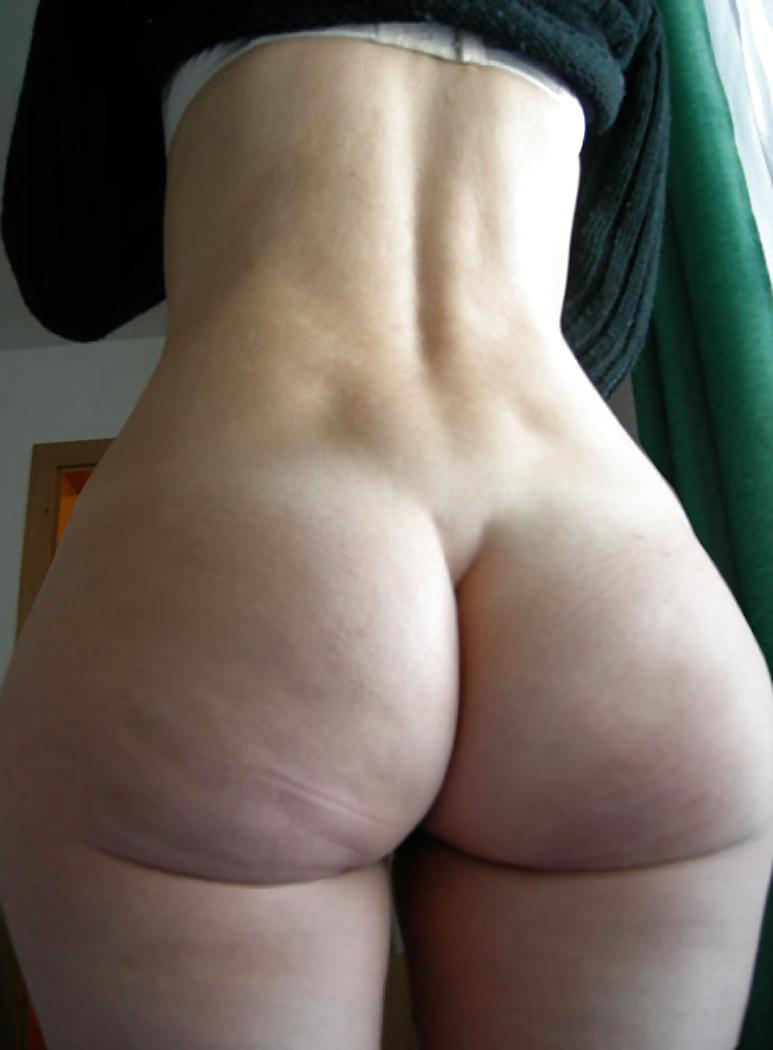 Big butt ebony bbw asslicked