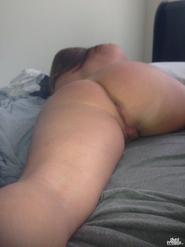 Jonnie recommend Tattooed threesome porn