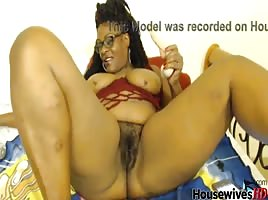 ebony mature real housewife
