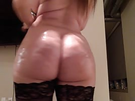 Big Bootylicious white girl
