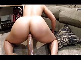 College Teen Going Hard On Dildo