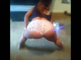 Pretty Barbie twerk comp