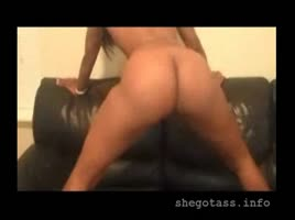 Lastaya NUDE twerk from back in the day