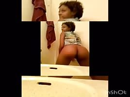 Ebony bubble booty naked twerk