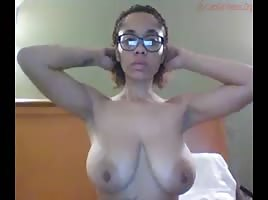 Big Titties On The Light Skin!!