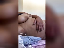 Sh@aarlettemz Bed Masturbation