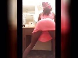 Coco twerks with no panties on