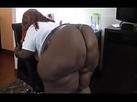 Ssbbw booty swallows boyshorts ibetubuss