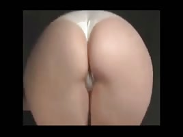 MILF Making That Fat Booty Clap