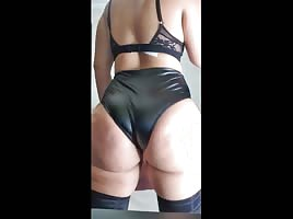 Leather Domination Ass Shake