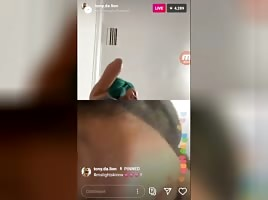 PUSSY ON IG LIVE