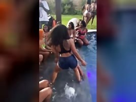 Club Gz Pool Party