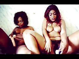Mosky la sexy et Bobette - ShesFreaky